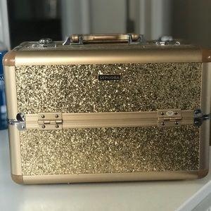 SEPHORA Sparkle & Shine Gold Makeup Train Case